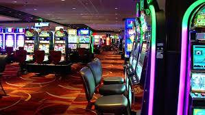 Oklahoma governor, tribes clash over casino gaming revenue | KTUL