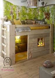 Cute Woodsy Room With Images Childrens Beds Childrens Bedrooms Kid Beds