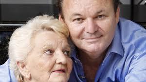 Coast conman writes bizarre Mother's Day tribute | Sunshine Coast Daily