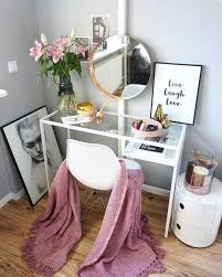 40 feminine makeup room ideas that