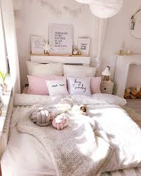 43 Cute And Girly Bedroom Ideas Decorating Tips For Girl Justaddblog Com Girly Bedroom Bedroom Decor Girl Bedroom Decor