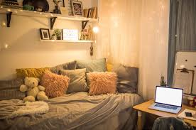 5 Ways To Maximize Your Dorm Room Space