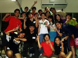 Daniel Lee and Wen Lin (bottom left) during a Christian Fellowship event.  Pic courtesy of Daniel LeeJPG » Leaderonomics.com