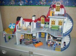 maison contemporaine playmobil avec