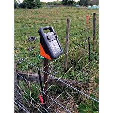 Best Electric Fence Charger Review Guide For 2020 Report Outdoors