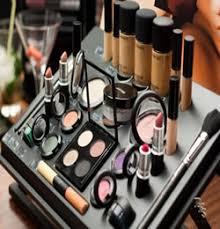 plete makeup kit lakme saubhaya makeup