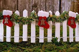 Miniature White Picket Fence With Garland And Christmas Etsy Christmas Fairy Garden Diy Christmas Village Christmas Fairy