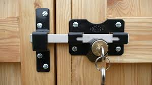 Gate Latches That Open From Both Sides Double Sided Lockable Gate Latch Two Way Gate Latch For Wooden Fence In 2020 Gate Locks Wooden Garden Gate Wood Fence Gates