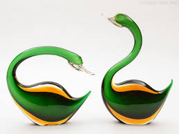 green murano glass swan glassskulpturen