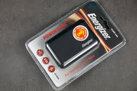 Trên tay pin dự phòng Energizer UE10045: Siêu gọn nhẹ, giá tốt ...