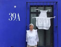 Amazing Kirsten West!! Outside La Pina Escuela de Cocina. Not to be missed  in San Miguel de Alle - Picture of La Pina Azul Escuela de Cocina, San  Miguel de Allende - Tripadvisor