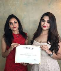 professional makeup course in mumbai