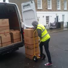 Arriba Man With a Van Moving Specialist