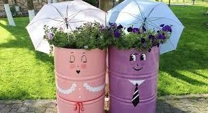 how to create garden art from junk