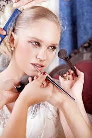 app to choose best makeup artist