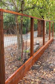 Cheap Fence Ideas For Dogs That Dig For Dog Run Cheap Diy Dog Dogs Fence Fence Backyard Fence Design In 2020 Diy Garden Fence Portable Dog Fence Cheap Fence