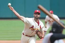 St. Louis Cardinals re-sign pitcher Adam Wainwright - UPI.com