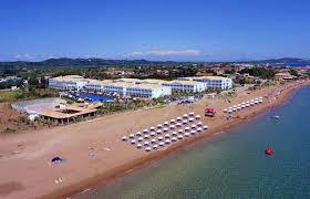 Sandy Beach Hotel: Επίτευξη των στόχων από την οικογένεια Ρίζου ...