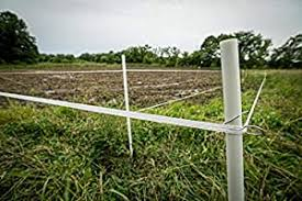 Hooyman Hot Zone 2 0 Solar Powered Electric Deer Exclosure Fence With Dual Perimeter Setup And 1 2 Acre Coverage For Overall Food Plot Protection Amazon Sg Sports Fitness Outdoors