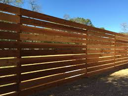 6 H Horizontal Cedar Semi Privacy On 4 Steel Posts Check Out Www Fence4atx Com To See All Our Gorgeous Cedar F Modern Fence Design Fence Design Decking Fence