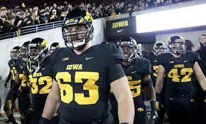 2016 NFL Draft Scouting Report: Iowa C Austin Blythe