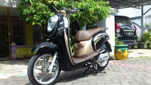 review motor honda scoopy esp stylish