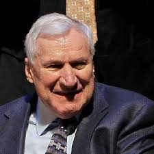 Former UNC Coach Dean Smith leaves $200 to each of his lettermen | WJLA