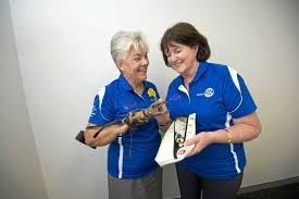 Gladstone's miracle women deliver hands to mine victims | Seniors News
