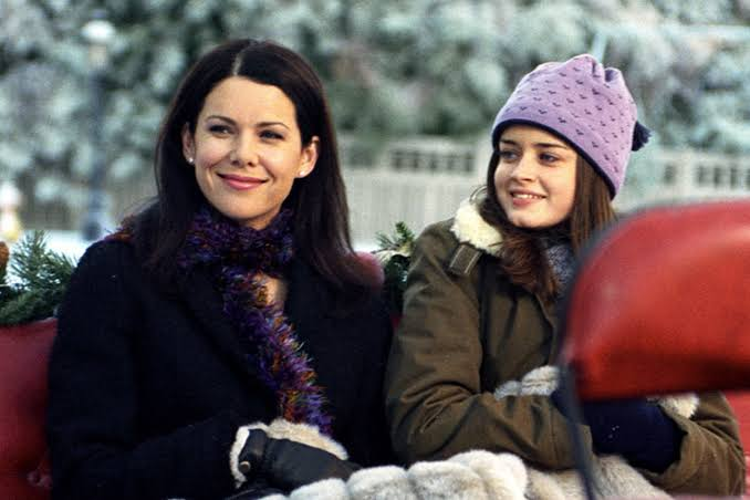 Lorelai and Rory in winters
