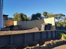 Js Painters Bit Of Fence And Retaining Wall Stain Work Facebook