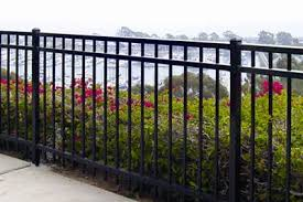 New Vinyl Fence Installation By Ceso Landscaping Vinyl Fences
