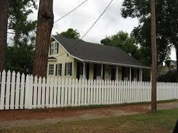 File St Francisville Louisiana Yellow House White Picket Fence Jpg Wikimedia Commons