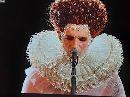 Achille Lauro è la regina Elisabetta I Tudor per la finale ...