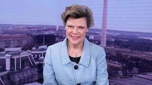 Legendary journalist and political commentator Cokie Roberts dies at 75 |  wfaa.com