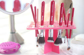 how to clean makeup brushes if you have