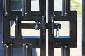 10 Best Weatherproof Gate Locks For Outdoor Use In 2020