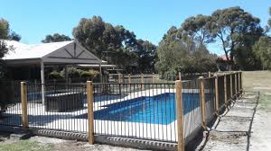 Gallery Jim S Fencing Call 131 546