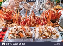 Alaskan King crab in seafood on ice ...