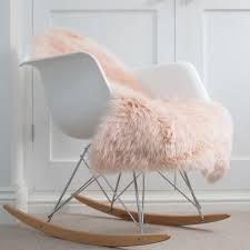 a baby pink sheepskin at