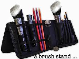 brush storage solution