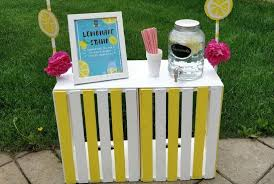 diy lemonade stand that s super easy to