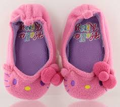 Amazon Com Hello Kitty Fairy Kids Room Shoes Us Shoe Size Youth Small Size 7 Or 6 5 Toys Games