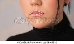 lip makeup with beads full hd video