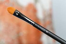 mac makeup brush 195 concealer brush