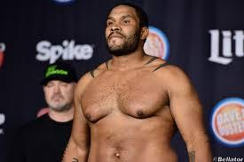 Tony Johnson calling out undefeated heavyweight Vitaly Minakov