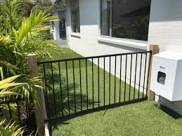 Fence And Washing Line Installed Ph 0220 450 620