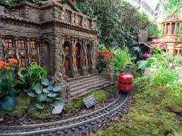 bronx botanical garden train show