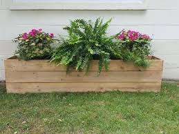 Easy Fence Board Planter Box In 2020 Easy Fence Diy Cedar Planter Box Planter Boxes