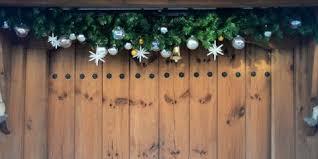 30 Christmas Door Decoration Ideas Pretty Holiday Front Doors