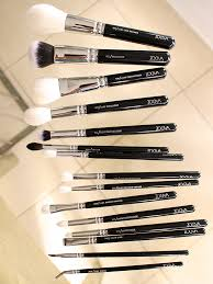zoella remended makeup brushes